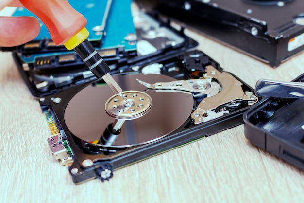 Defekte festplatte wird repariert