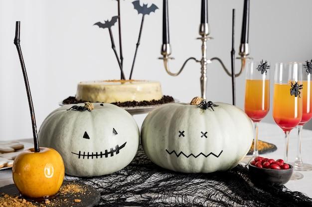 Dekorationen für halloween-party