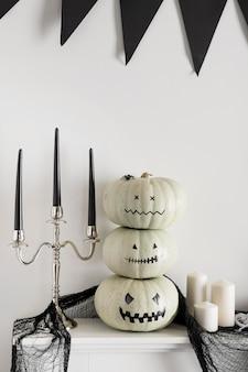 Dekorative kürbisse für halloween