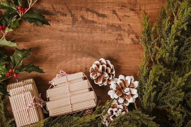 Dekorative weihnachten hintergrund mit geschenken