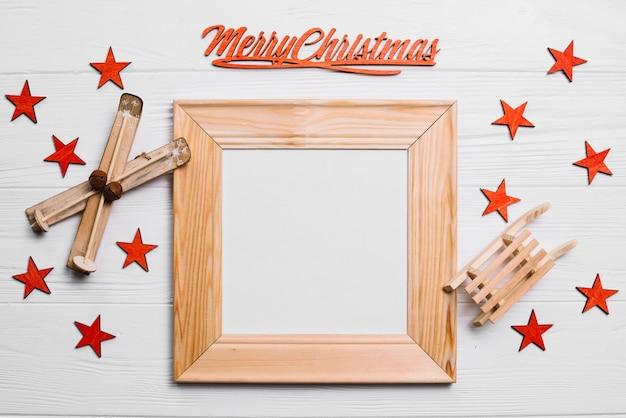 Dekorative weihnachtskomposition mit rahmen