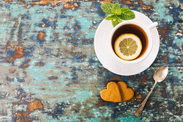 Dekoratives teestillleben