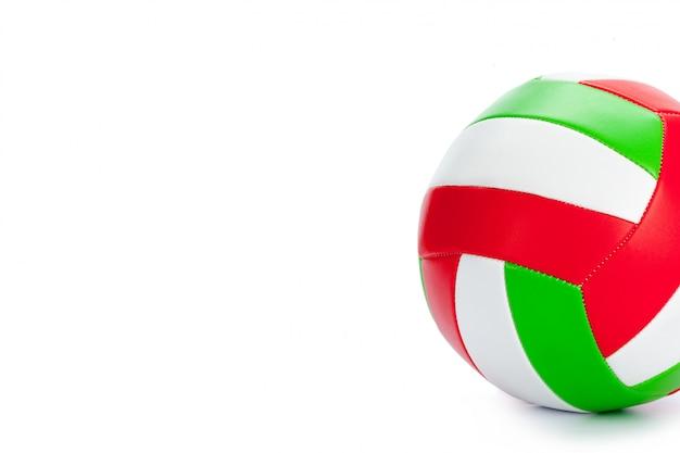 Der ball für volleyball auf einem weißen hintergrund