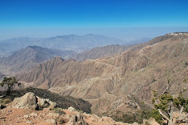 Der canyon der region asir, der blick aus der sicht, saudi-arabien