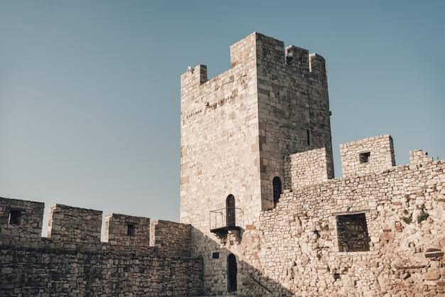 Der despot stefan tower oder dizdar tower in kalemegdan festung. belgrad, serbien