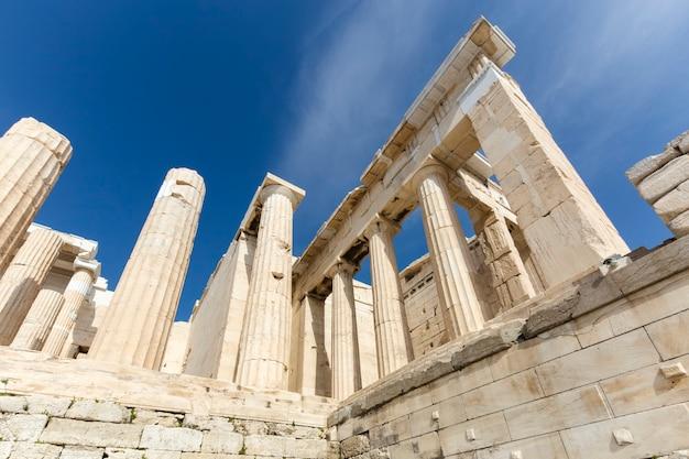 Der eingang zur akropolis