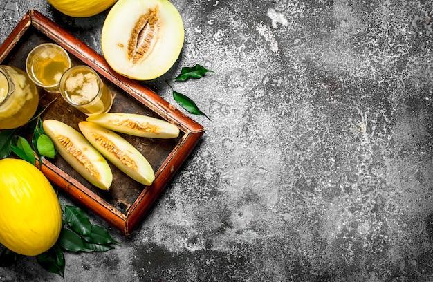 Der frische saft der reifen melone