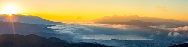 Der fujisan-sonnenaufgang