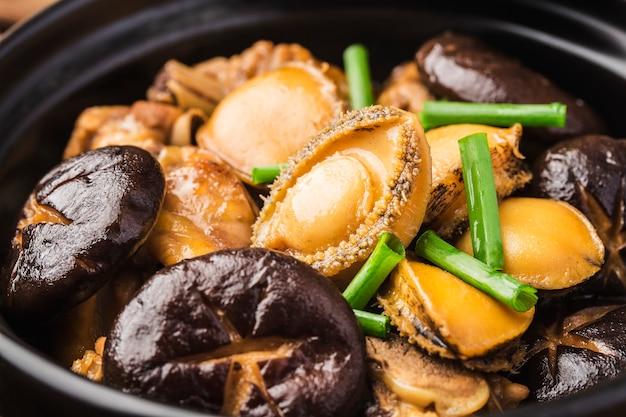 Der geheime abalone hühnertopf, hühnchen lecker, abalone frisch,