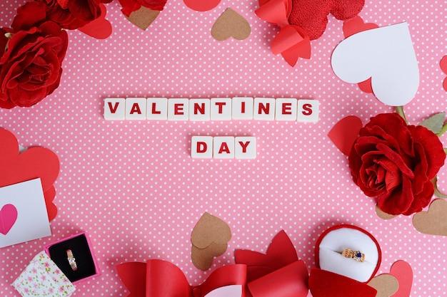 Der hintergrund des valentinsgrußes mit phrase