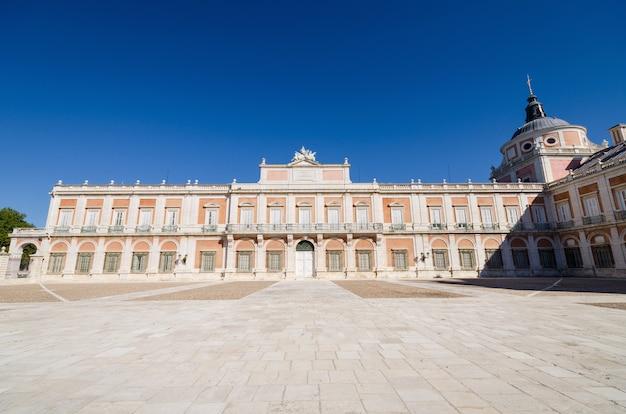 Der königliche palast von aranjuez, madrid, spanien.