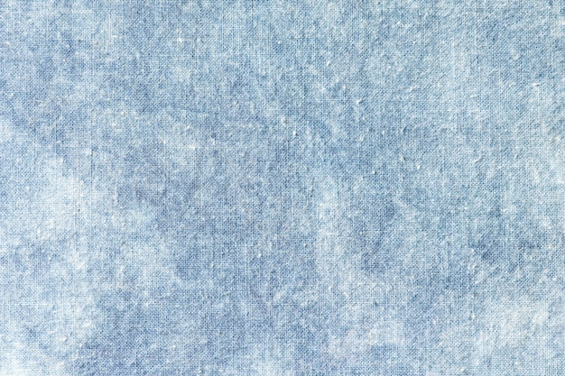 Der stoff ist indigofarbstoff, lokaler stoff, indigo-tie-dye-muster auf baumwollstoff