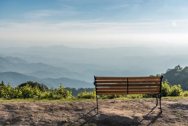 Der stuhl auf dem berg bei doi inthanon