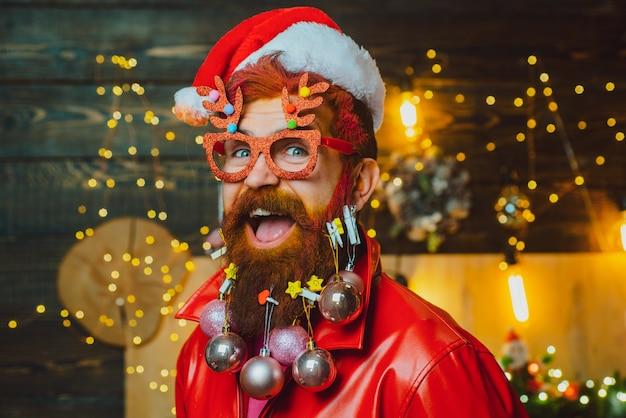 Der weihnachtsmann wünscht frohe weihnachten