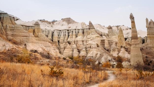 Dervent gebirgstal in kappadokien, türkei