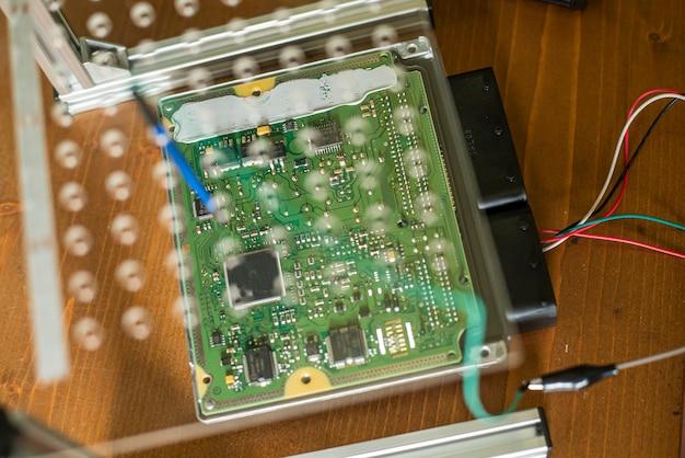 Detail der ecu-automobilreparatur-elektronikteile