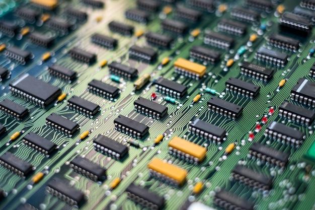 Detail der elektronischen leiterplatten-pcb-komponenten und ein integrierter