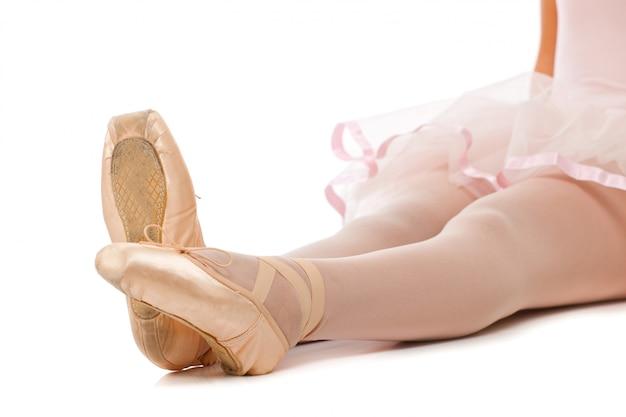 Detail der füße des balletttänzers