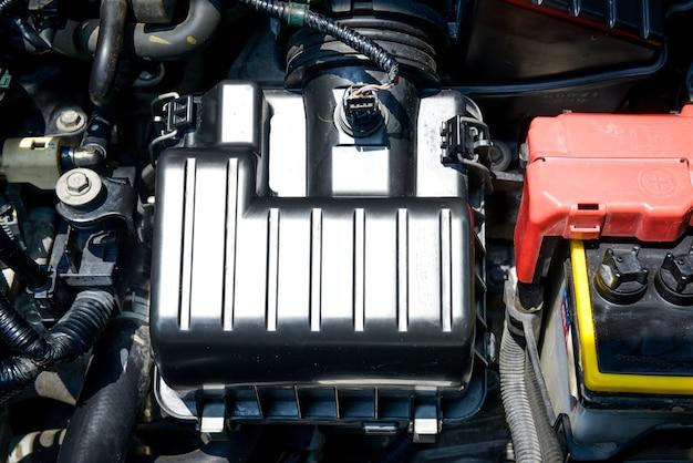 Detail des motorautos innerhalb der motorhaube