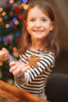 Detail eines ingwer-weihnachtsplätzchens