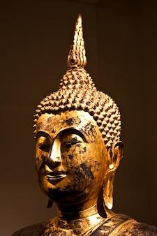 Detail eines sitzenden bodhisattvas, 2. jahrhundert n. chr. - ernte, die als ikone verwendet werden soll
