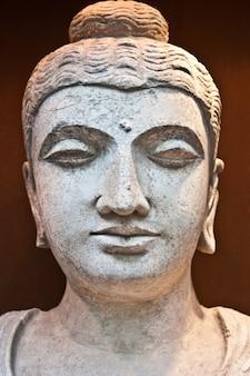 Detail eines stehenden bodhisattvas, 2. jahrhundert n. chr. - ernte, die als ikone komponiert werden soll