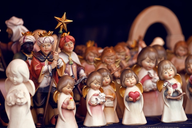 Details der weihnachtsmärkte hautnah. christbaumschmuck. wien, österreich