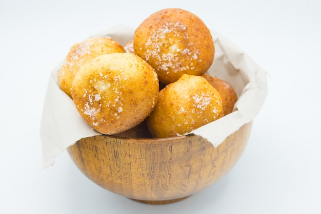 Deutsche donuts, krapfen oder berliner isoliert