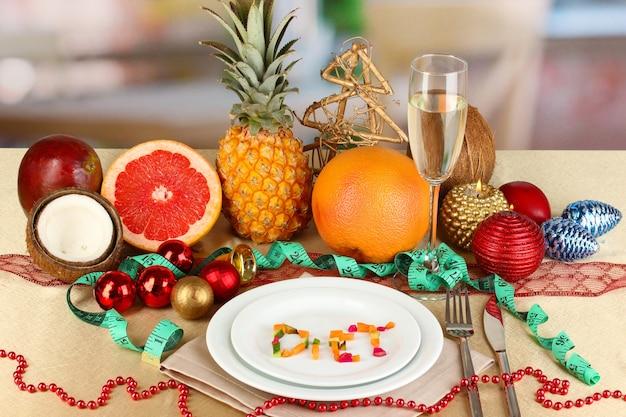 Diätkost auf weihnachtstisch