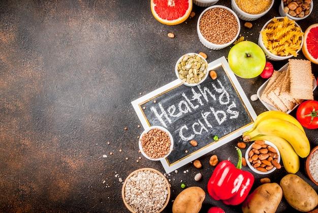 Diätlebensmittel-hintergrundkonzept, gesunde produkte der kohlenhydrate (kohlenhydrate)