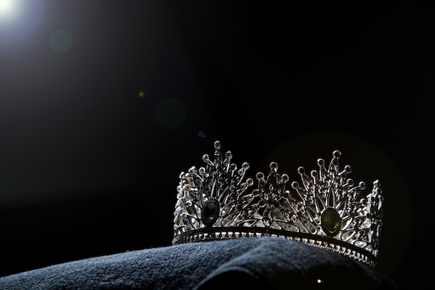 Diamond silver crown für miss pageant beauty contest