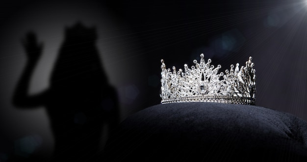 Diamond silver crown für miss pageant beauty contest,