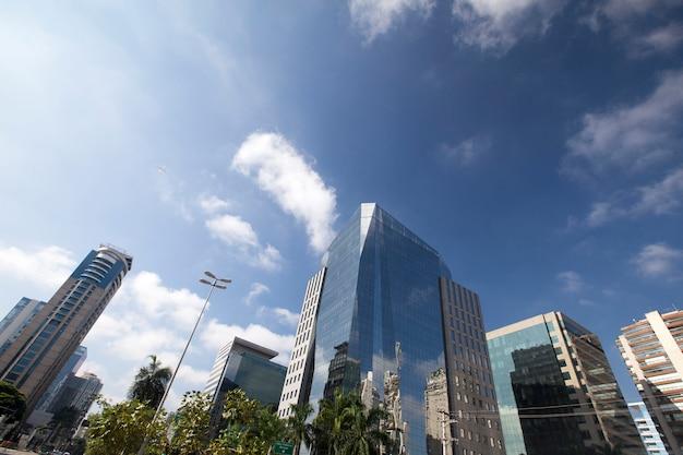 Die anspruchsvolle faria lima avenue in sao paulo
