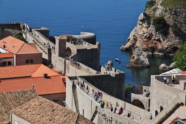 Die bastion der festung in der stadt dubrovnik an der adria, kroatien