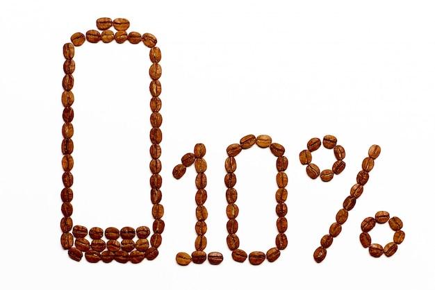Die batterie lädt 10% der kaffeebohnen auf