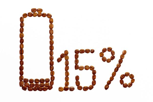 Die batterie lädt 15% der kaffeebohnen auf