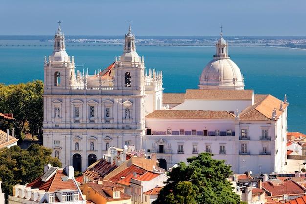 Die berühmte kirche st. vicent in lissabon Premium Fotos