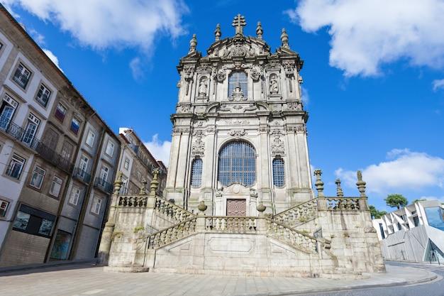 Die clerigos-kirche