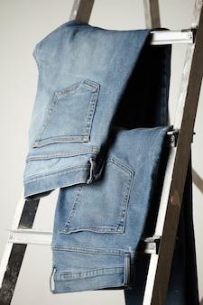 Die details des blue jeans-gewebes
