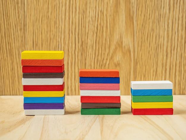 Die domino-farbkarte für geschäftsinhalte.