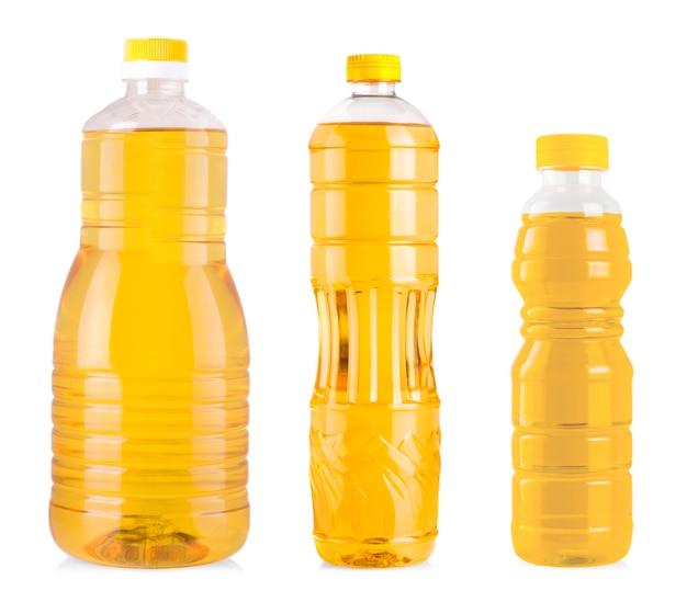 Die flaschen sonnenblumenöl isoliert auf weiß