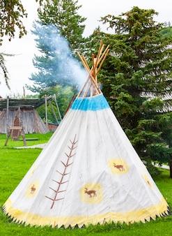 Die jurte der nördlichen völker auf kamtschatka