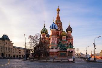 Die Kathedrale des Heilig-Basilikums am Roten Platz in Moskau, Russland
