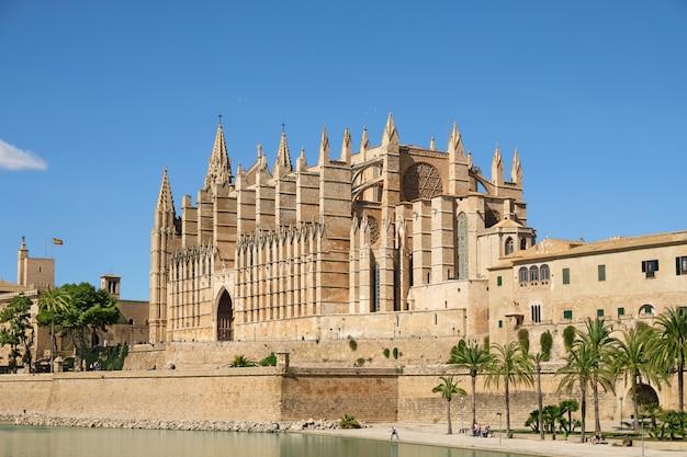 Die kathedrale von santa maria von palma de mallorca, spanien