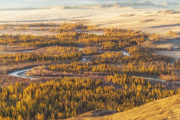 Die landschaft der altai-berge