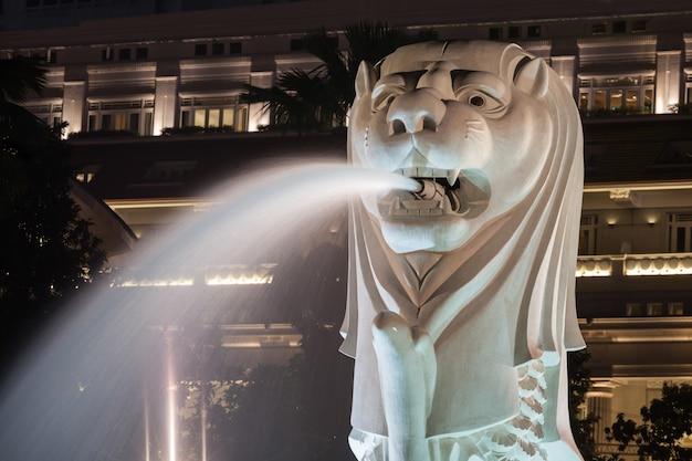 Die merlion-statue