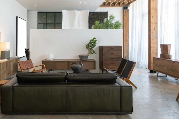 Die moderne, helle und komfortable atmosphäre der innenwohnung. allgemeine reinigung