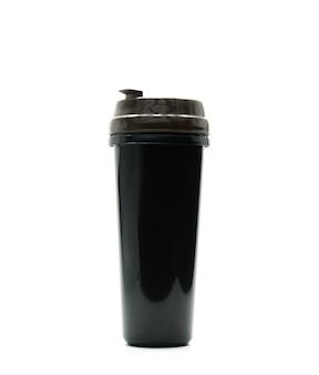 Die schwarze thermosflasche, die auf weißem hintergrund lokalisiert wird, addieren gerade ihren eigenen text