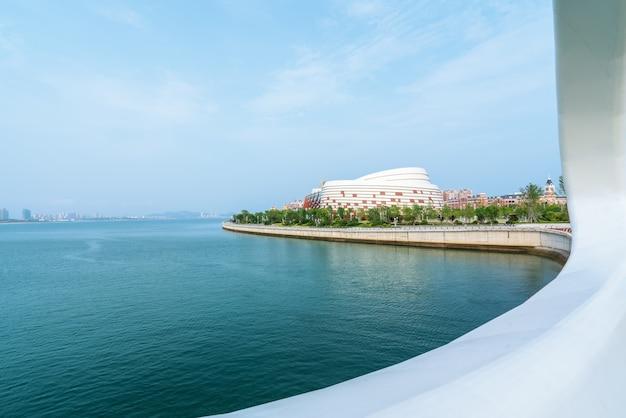 Die skyline der architekturlandschaft in huangdao-bezirk von qingdao