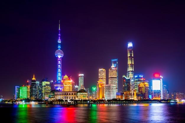Die skyline der städtischen architekturlandschaft in lujiazui, shanghai